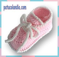Zapato de ganchillo, para bebés hechos a mano, 60% Lana 40% Acrílico Dralón.Hipoalergénico. Otoño-Invierno. Crochet Baby Socks, Crochet Boots, Love Crochet, Crochet For Kids, Baby Knitting, Knit Crochet, Knitting Projects, Crochet Projects, Knitting Patterns