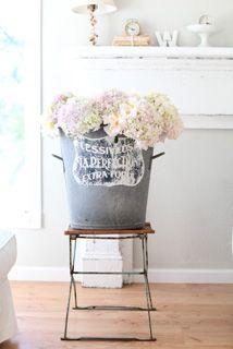 ♥ flower containers, silk flowers, dreamy whites, shabby chic, bucket, fresh flowers, hydrangea, cut flowers, vintage flowers