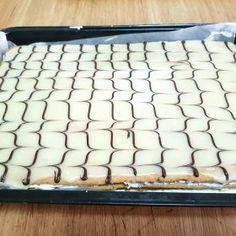 Prajitura Frumoasa Adormita - Anyta Cooking Ice Cube Trays, Deserts, Pastries, Sweet Treats, Dessert, Desserts