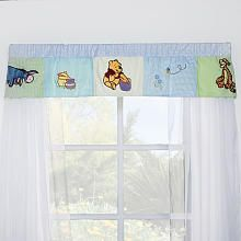 Disney Winnie The Pooh Hunting For Hunny Window Valance