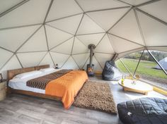 18 Incredible, Amazing, And Unique Airbnb Locations In Scotland Geodesic Glamping Domes, Killin, Loch Tay. Tenda Camping, Camping Glamping, Camping List, Camping Spots, Sauna Infravermelho, Camping Con Glamour, Uk Campsites, Dome Tent, Dome House