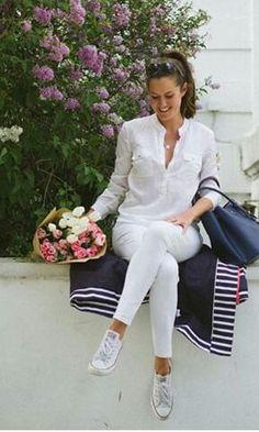 White outfit, white converse. Blanco para el verano.