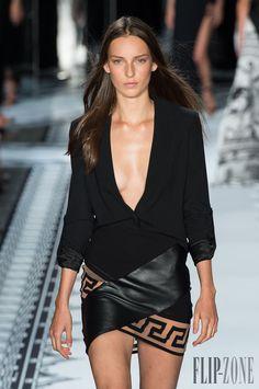 Versus Versace İlkbahar-Yaz 2015 - Hazır giyim - http://tr.flip-zone.com/fashion/ready-to-wear/fashion-houses-42/versus-versace-4879 - ©PixelFormula