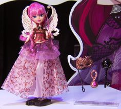 A sneak peek at the new collection of Ever After High Dolls throne coming! Coming soon!