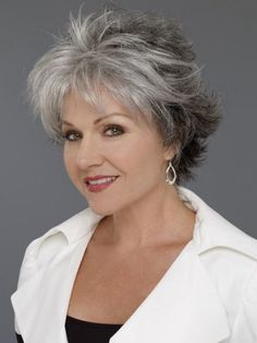 Short wavy hairstyles women over 50