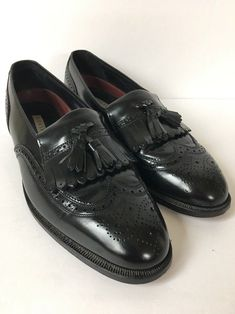 66ce1aa940e88 Florsheim Mens Shoe Black Leather Loafer Wing Tip with Tassels Size 81 2   fashion