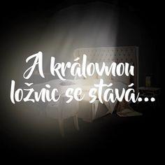 """13 To se mi líbí, 2 komentářů – XXXLutz Česká republika (@lutz_cz) na Instagramu: """"V každé ložnici na sebe strhne zaslouženou pozornost. Stane se i královnou vašeho srdce? Čalouněná…"""" Neon Signs, Instagram"""
