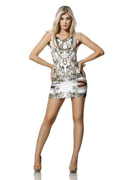 Vestido com estampa lenço e mirror print, duas fortes tendências para o verão em uma única peça! É Zunnck! ;)