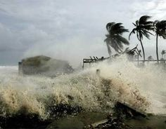 Simón y fenómenos naturales causan fuertes lluvias en el país - http://notimundo.com.mx/estados/simon-y-fenomenos-naturales-causan-fuertes-lluvias-en-el-pais/18116