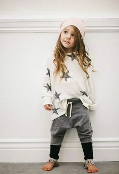 Cute little girl in sweats and sweatshirt. ◖★Bella Montreal ★◗