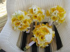 Silk Wedding Bouquet Daffodils and Daisies!