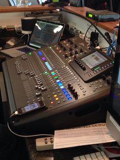 Multitrack Recording, Recording Studio Design, Recording Equipment, Podcast Setup, Home Music Rooms, Speaker Box Design, Church Stage Design, Diy Speakers, Audio Room