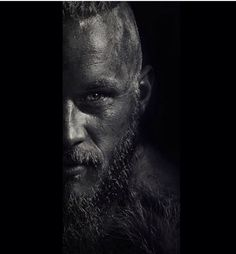 The Travis Fimmel CenterPiece   Full Name: Regina Konig O Konig Newgrange Jennings Brusca Kattagat Nato - Ragnar