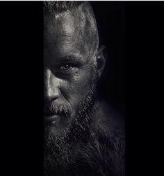 The Travis Fimmel CenterPiece   Full Name: Regina Konig O Konig Newgrange Jennings Brusca Kattagat Nato - Ragnar
