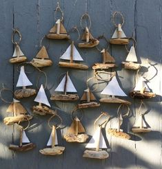 Hanging Sailboat Mini's - Driftwood Christmas Ornament - Rustic Ornament use Nova Scotia tartan for the sails.Hanging Sailboat Mini's - Driftwood Christmas Ornament - Rustic Ornament// I like these boats because of the combination and range of the co Driftwood Projects, Driftwood Art, Driftwood Ideas, Painted Driftwood, Driftwood Furniture, Driftwood Mobile, Beach Crafts, Diy And Crafts, Arts And Crafts