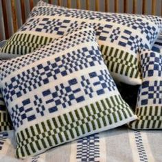 Handwoven lambswool monksbelt cushions and throw White Rug, Grey And White, Sofa Throw, Throw Pillows, Swedish Weaving Patterns, Tapestry Weaving, Home Textile, Woven Fabric, Indigo