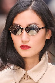 ed0230414b56 9 Quirky-Amazing Sunglasses from the Spring Runways Trending Sunglasses