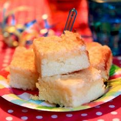 Citroencake met kokoslaag