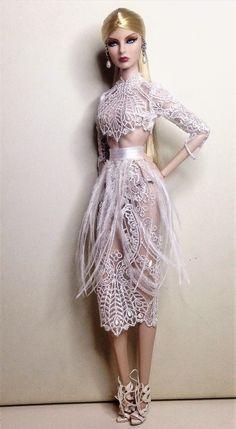 New Look Dresses, 50s Dresses, Vintage Dresses, Victorian Gown, Victorian Fashion, Bustle Dress, Gothic Dress, Fashion Dolls, Doll Clothes