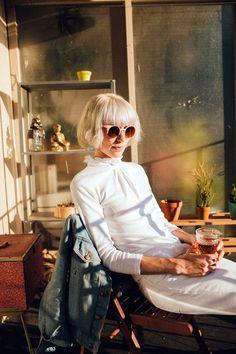 Short Hairstyles for Older Women (1)