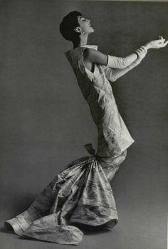 1955 Balenciaga soirs de fête