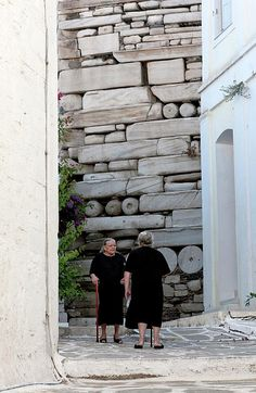 Widows at the Wall, Paros Island, Greece    lorraine-devon-wilke.artistwebsites.com