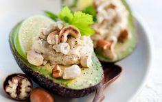 Avokadoa ja pähkinähummusta
