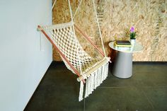 Hanging Chair  •  Free tutorial with pictures on how to make a chair in 7 steps
