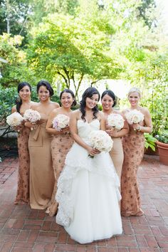 Garden Wedding mix of solid + patterned bridesmaids dresses // photo by Amanda K Photographymix of solid + patterned bridesmaids dresses // photo by Amanda K Photography Bridesmaids And Groomsmen, Wedding Bridesmaids, Wedding Gowns, Bridesmaid Gowns, Bridesmaid Inspiration, Wedding Inspiration, Style Inspiration, Wedding Trends, Wedding Styles