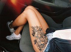 tattoo, flowers, and leg Bild