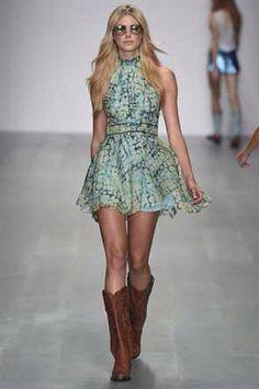 Felder Felder at London Fashion Week Spring 2015 - Runway Photos