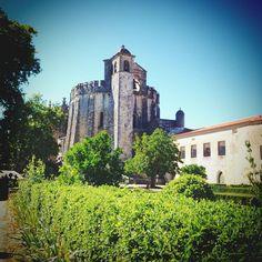 Road trip ensoleillé de Porto à Lisbonne (3/5) | via Guide-Envasion | 10/09/2014  Laure est partie cet été au Portugal faire un road trip de Lisbonne à Porto. En 5 étapes, elle nous raconte ce voyage haut en couleurs et généreux en saveurs. #Portugal