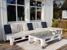 LindisPlace - Outdoor Sofa, Outdoor Spaces, Outdoor Living, Outdoor Furniture Sets, Outdoor Decor, Pallet Projects, Backyard, Interior Design, Palette