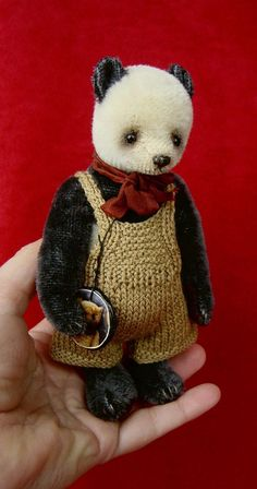 Andy Pandy miniature mohair panda by Esther Pepper, Aerlinn Bears