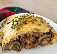 Apr 2020 - This Beef and Mushroom Wellington is a Family favorite and is pretty simple to make. It makes for the perfect addition to any holiday meal. Steak And Mushroom Pie, Steak And Mushrooms, Stuffed Mushrooms, Beef And Mushroom Recipe, Ground Beef Wellington, Wellington Food, Meatloaf Wellington Recipe, Meat Recipes, Dinner Recipes