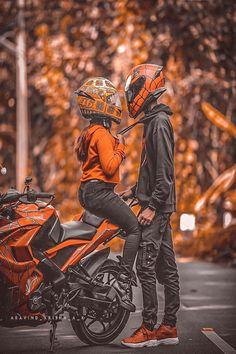 Motocross Couple, Motocross Love, Biker Couple, Motorcycle Couple, Biker Photoshoot, Couple Photoshoot Poses, Wedding Couple Poses Photography, Bike Photography, Biker Love