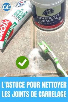 Vous cherchez une astuce pour nettoyer les joints de carrelage de votre douche ? Voici un nettoyant fait maison super efficace si les joints ont jauni ou noirci. Il nécessite seulement 2 ingrédients : du bicarbonate de soude et de l'eau de Javel. Ce nettoyant fait maison a l'avantage d'être facile à faire et d'avoir un résultat rapide incroyable. Et ça marche aussi pour les joints de carrelage du sol dans la salle de bains. Regardez :