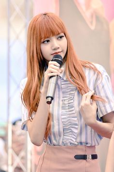 BLACKPINK Lisa at their first fan signing event