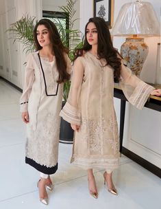 indian fashion Suits -- Click VISIT link above to read Pakistani Fashion Casual, Pakistani Outfits, Asian Fashion, Indian Outfits, Kurti Pakistani, Pakistani Couture, Pakistani Dress Design, Indian Couture, Indian Designer Outfits