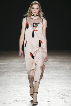 Au Jour Le Jour Fall 2016 Ready-to-Wear Collection Photos - Vogue