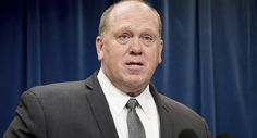 Tweet Tweet One can only imagine how often and how tightly Thomas Homan, the acting director of Immigration and Customs Enforcement, had to hold his tongue when serving under President Obama. We're betting he nearly bore a hole through it, given how obviously enthusiastic he is about his new boss in the White House. At