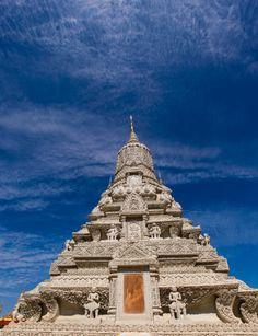 Shrine of King Norodom Suramarit, Royal Palace, Phnom Penh, Cambodia.