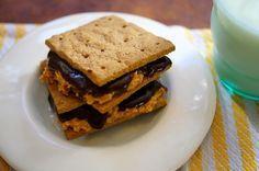 After School Treat: Peanut Butter Chocolate Grahams / Mom's Kitchen Handbook