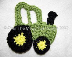 John Deere Tractor Crochet Applique - Free Pattern/ Might look cute on a hat.
