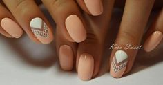 Light Peach & White Nail Polish with Triangle Geometric Nail Design - Everyday Fall Nails 2016 Cute Nails, Pretty Nails, My Nails, Fall Nails, Spring Nails, Cute Nail Art Designs, Short Nail Designs, Nail Designs Summer Easy, Indian Nail Designs