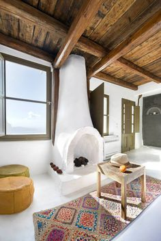 Greek Design Love: The Influence of Greek Art & Architecture