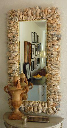 Espejo con marco de ostras, increíble!