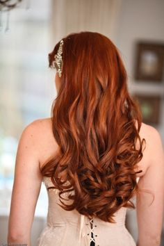 Bridal Hair Trends #hairtrends #ravingred
