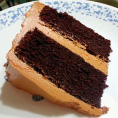 レシピとお料理がひらめくSnapDish - 5件のもぐもぐ - Chocolate Cake with Chocolate Heritage Frosting by S Theo