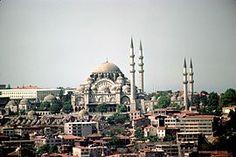 Süleymaniye Camii--------Su türbe o mausoleo está en la Mezquita de Süleymaniye de Estambul-